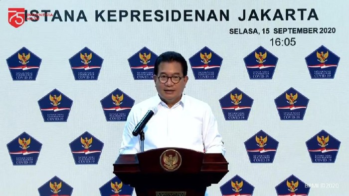 Jubir Satgas COVID-19 Wiku Adisasmito menyampaikan update penanganan kasus pada Selasa (15/9) (YouTube Seskab)