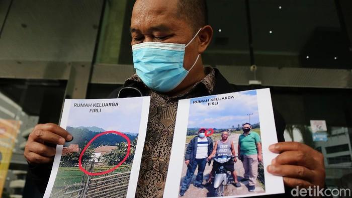 Masyarakat Anti Korupsi Indonesia (MAKI) beri bukti berupa foto dan video terkait pelanggaran kode etik Ketua KPK, Firli Bahuri.