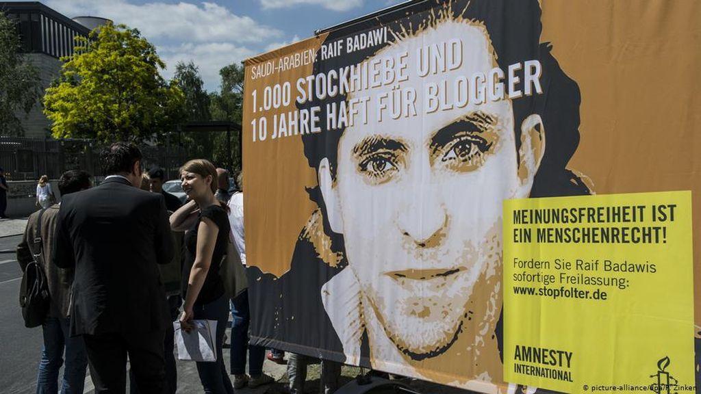 Puluhan Penulis Jerman Tuntut Pembebasan Blogger Raif Badawi di Arab Saudi