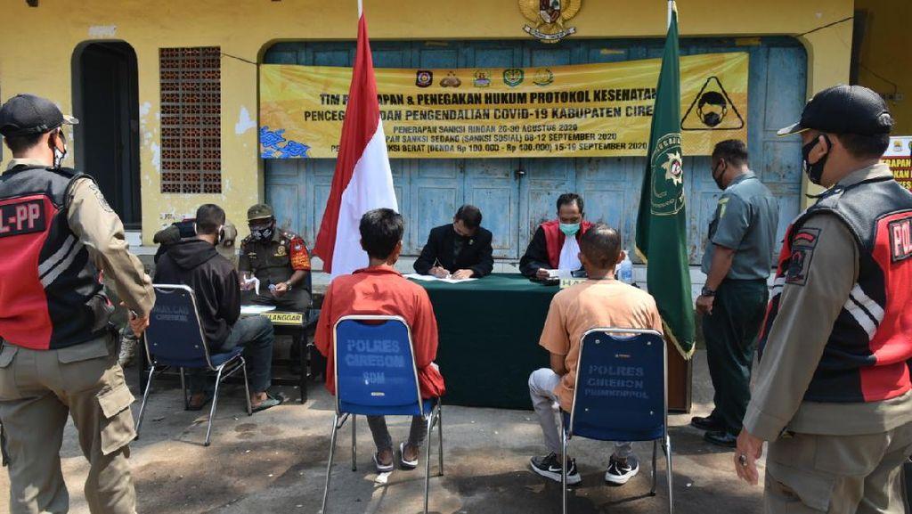 Keluyuran Tak Bermasker di Cirebon, 10 Orang Didenda Rp 100 Ribu