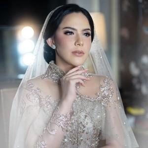 Foto: Mewahnya Pertunangan Sally Adelia, Sahabat Nia Ramadhani di Girl Squad