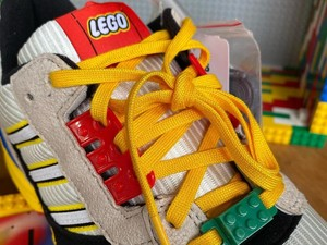 Kolaborasi Unik, Intip Bocoran Sneakers Adidas x Lego