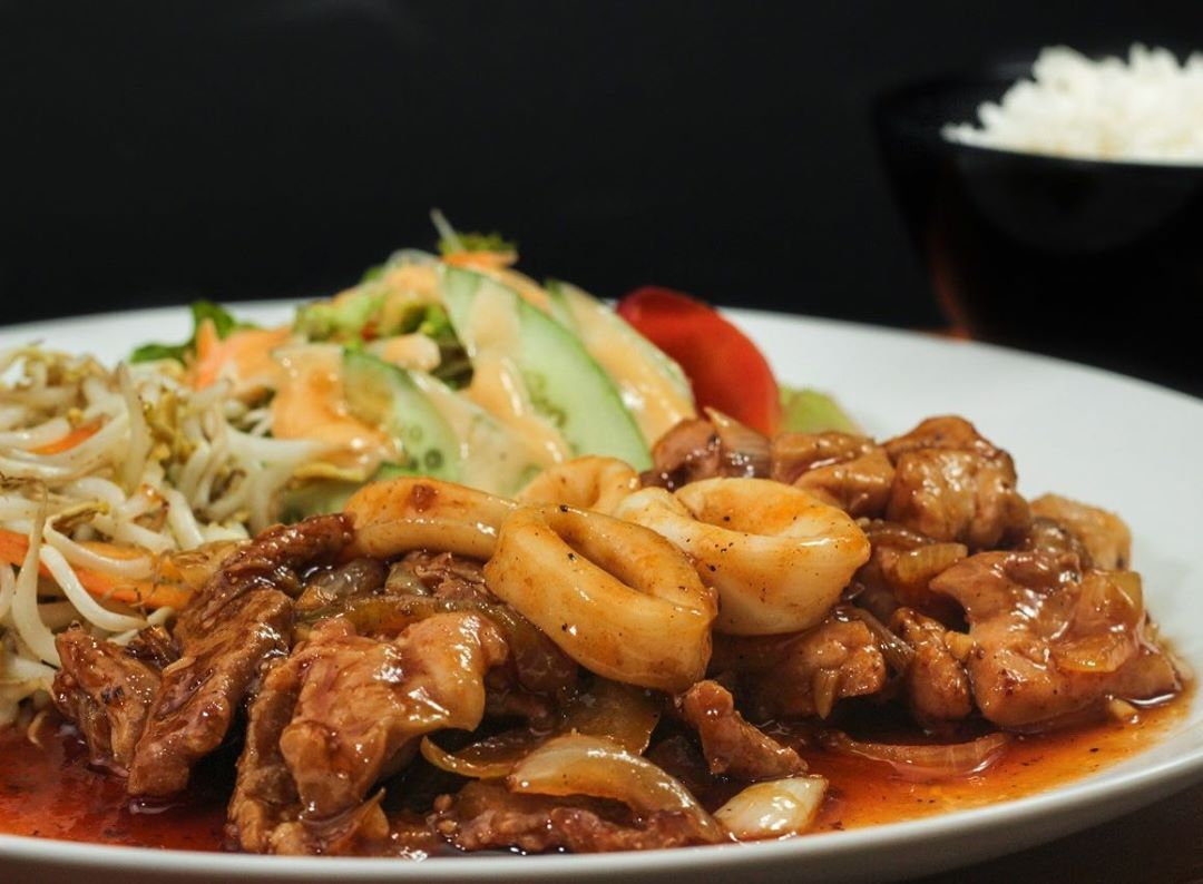 5 Tempat Makan Enak di Taman Jajan Bintaro