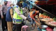 Pelanggar Protokol Kesehatan di Sukabumi Disanksi Kerja Sosial