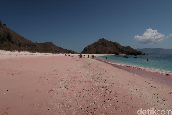 Long Pink Beach