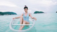 Pamer Foto Bikini, Influencer Malaysia Diolok-olok Berdada Rata