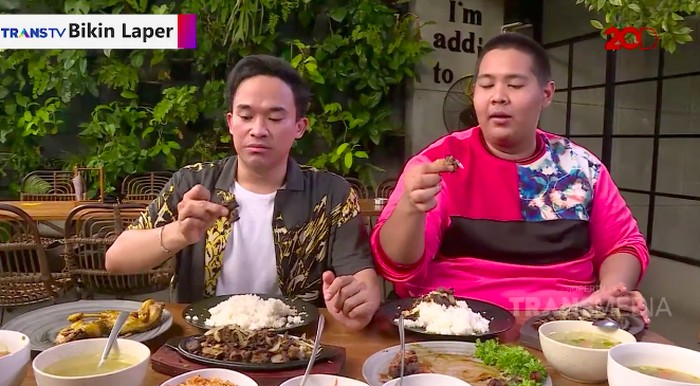 Makan Se'i Brisket Sapi Pakai Sambal Luat dan Kecombrang