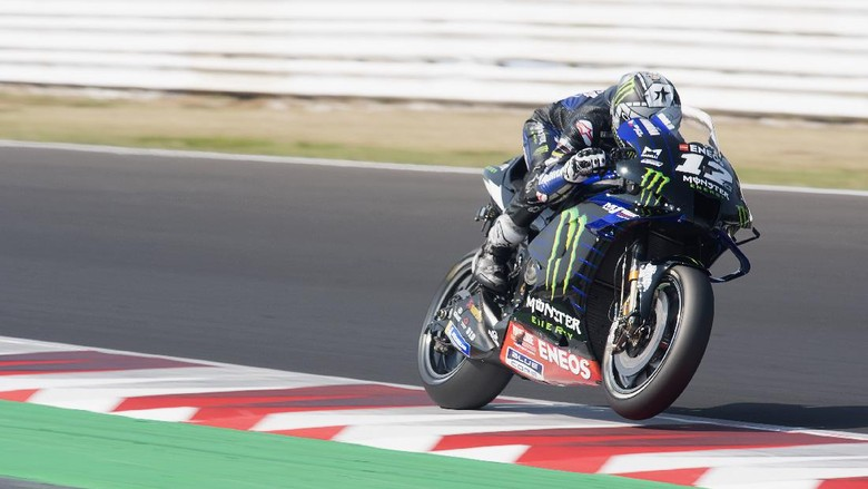 MISANO ADRIATICO, ITALY - SEPTEMBER 15:  Maverick Vinales of Spain and Monster Energy Yamaha MotoGP Team heads down a straight during the MotoGP Of Tests In Misano at Misano World Circuit on September 15, 2020 in Misano Adriatico, Italy. (Photo by Mirco Lazzari gp/Getty Images)