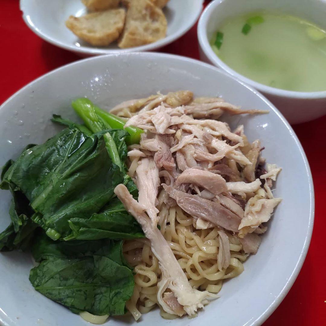 Mie ayam enak di Tangerang Selatan