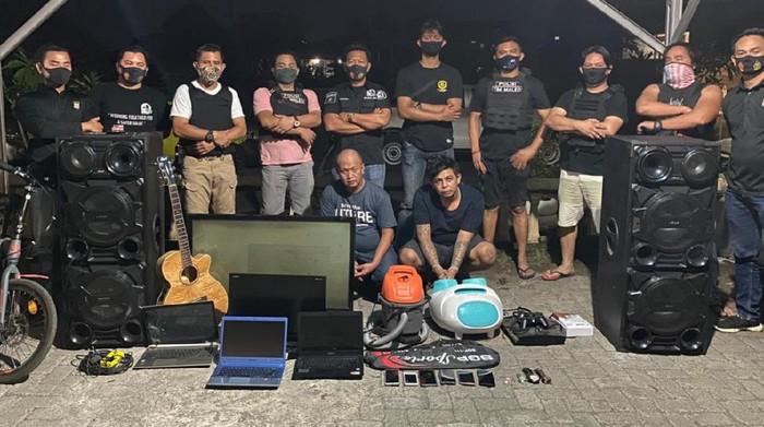 Polisi menangkap komplotan pencuri di rumah ibadah.