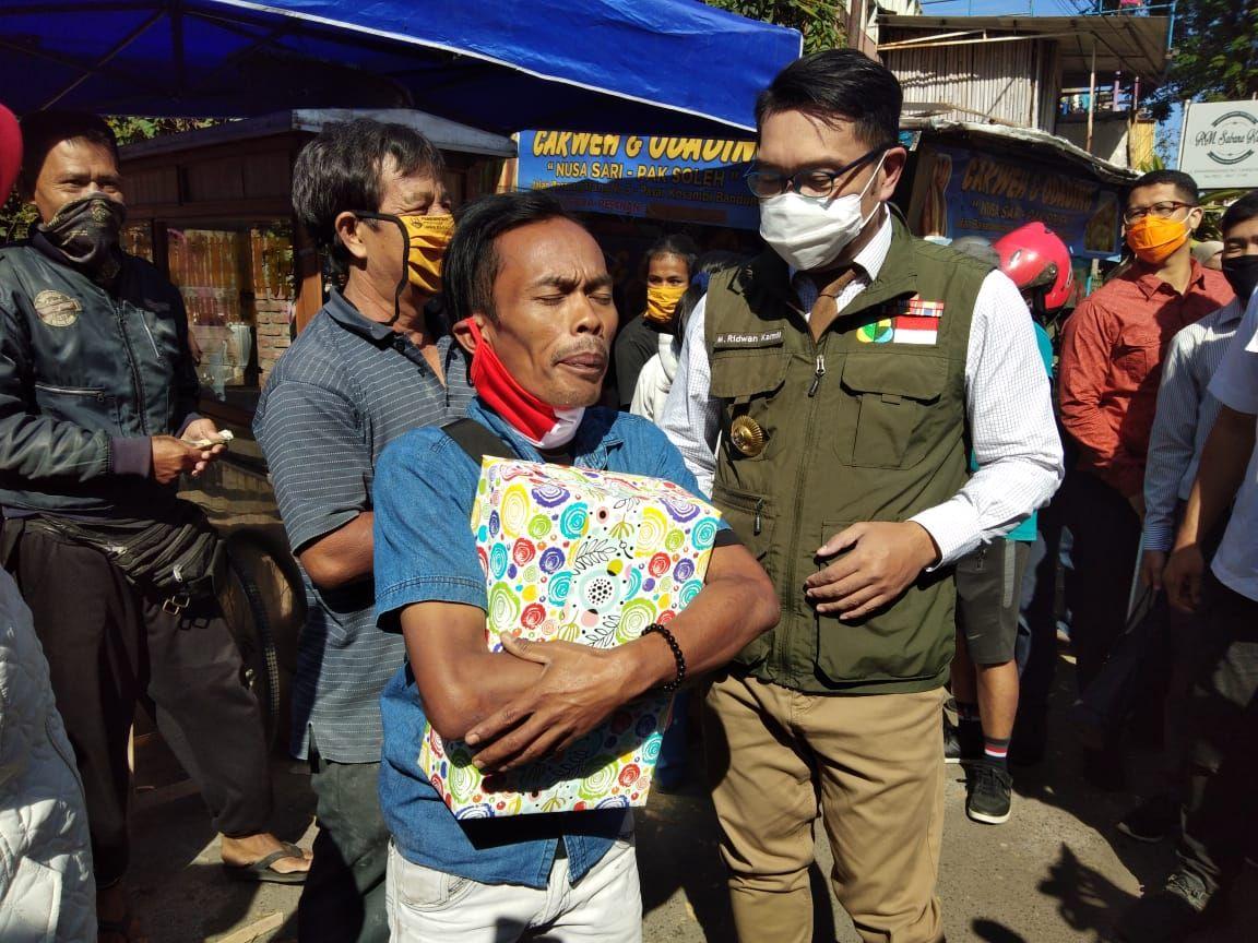 Ridwan Kamil Beri Tugas Khusus Ade Londok, Sosok di Balik Viral Odading 'Ngegas'