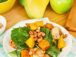 Makan Sehat dengan Mango Cashew Salad Lezat