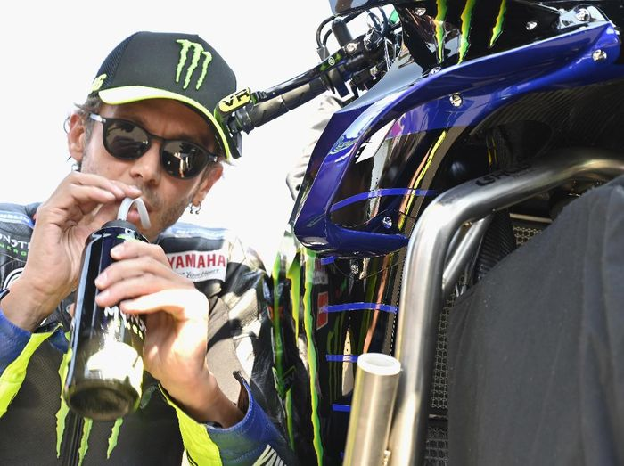 MISANO ADRIATICO, ITALY - SEPTEMBER 13:  Valentino Rossi of Italy and Monster Energy Yamaha MotoGP Team drinks and prepares to start on the grid during the MotoGP race during the MotoGP Of San Marino - Race at Misano World Circuit on September 13, 2020 in Misano Adriatico, Italy. (Photo by Mirco Lazzari gp/Getty Images)