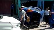 Satu Korban Angkot Terguling di Sukabumi Tewas