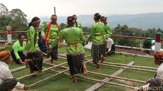 Desa Adat Liang Ndara