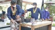 Melihat Tradisi Mencuci Tombak Sakti Milik Kraton Yogya