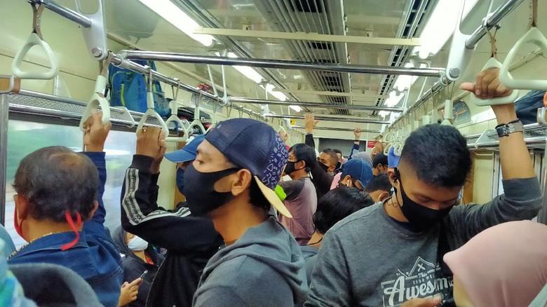 Larangan masker scuba di KRL