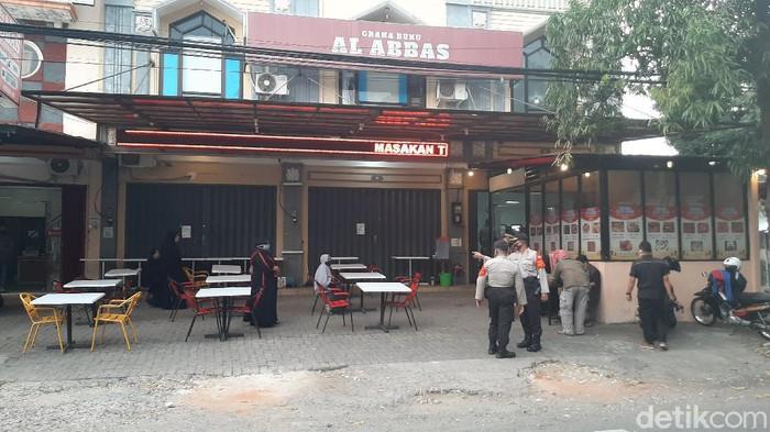 Polisi Strelisasi Jalan Tempat Syekh Ali Jaber Buka Bersama di malang