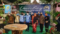 Acara peresmian dilakukan secara langsung oleh Wakil Bupati Rembang Bayu Andriyanto bersama jajarannya. Lokasi tepatnya ada di Desa Bulu, Kecamatan Bulu, Rembang, Jawa Tengah. (Arif Syaefudin/detikcom)