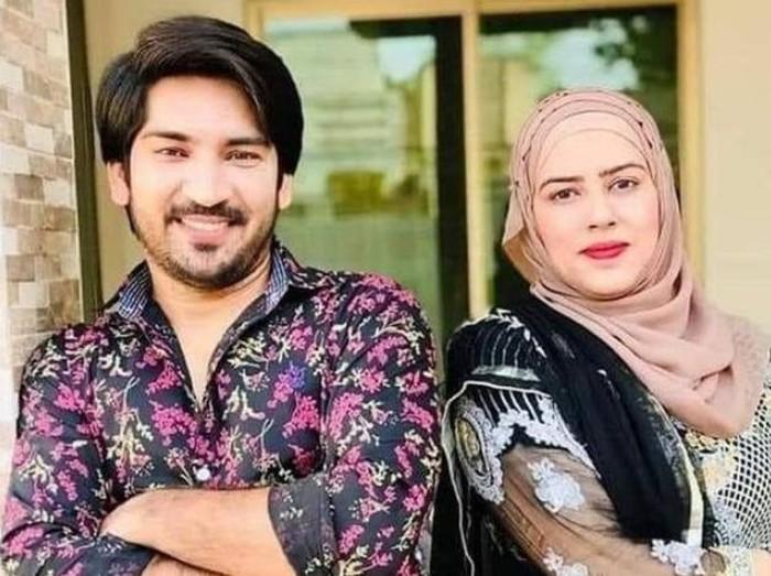TikTokers Adil Rajput dan Istri
