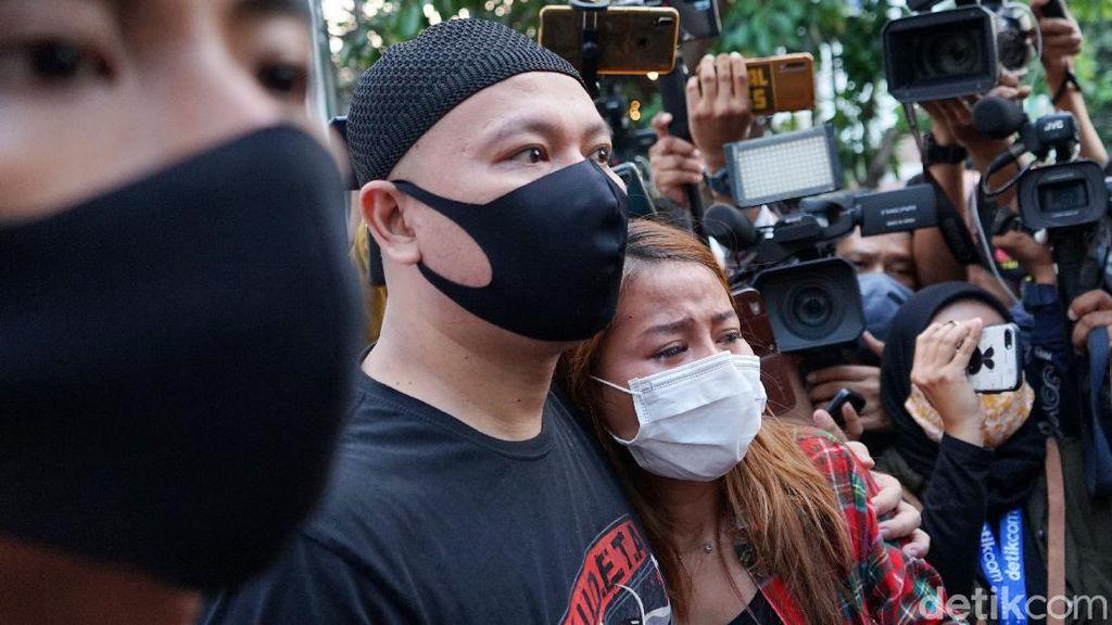 Usai Bebas dari Penjara, Vicky Prasetyo Khawatir Jalani Sidang?