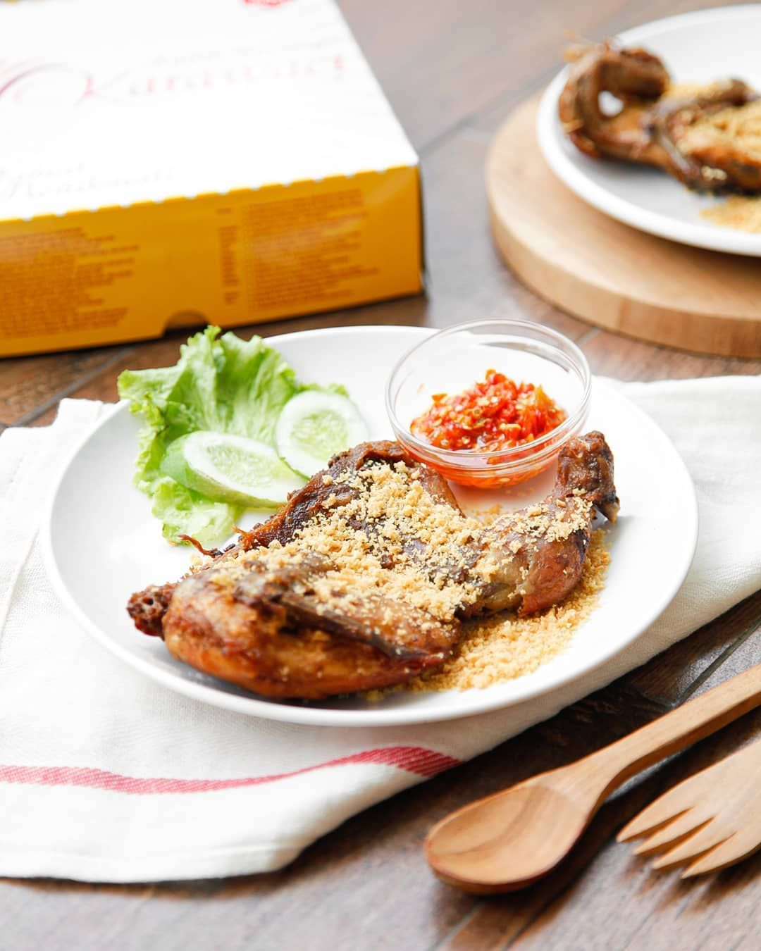 5 Ayam Goreng Paling Hits di Tangerang Selatan