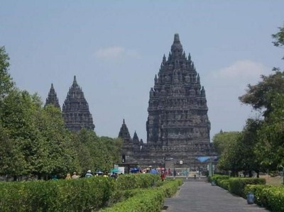 Melihat Lagi Pesona Candi Prambanan di Yogyakarta