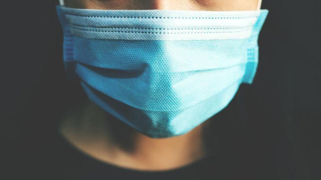 5 Makanan Penangkal Bau Mulut Saat Seharian Harus Pakai Masker
