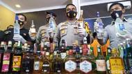 Ribuan Botol Miras Impor Disita Gegara Dijual Tanpa Izin di Kota Mojokerto