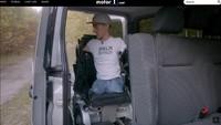 Inspiratif: Tanpa Lengan dan Kaki, Pria Ini Bisa Kendarai Mobil Hasil Modifikasi