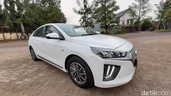 Spesifikasi Dan Harga Hyundai Ioniq Mobil Listrik Termurah Di Indonesia