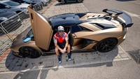 Jelang MotoGP Emilia Romagna, Bagnaia Dipinjami Lamborghini Aventador