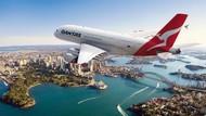 Qantas Akan Wajibkan Penumpang Divaksin Sebelum Keberangkatan Internasional