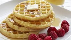 5 Langkah Membuat Waffle Klasik yang Renyah Empuk