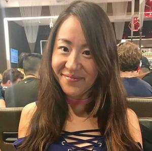 Heboh Kematian Pemain Poker Cantik yang Dibakar Hidup-hidup