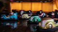 Sempat dibatasi guna mencegah penyebaran COVID-19 kini sejumlah tempat hiburan di Hong Kong kembali dibuka untuk umum.