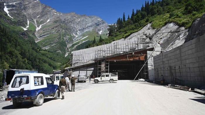 Terowongan Himalaya