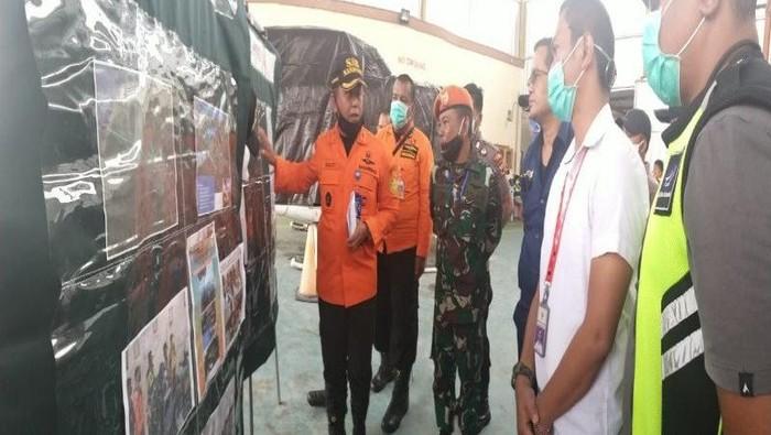 Tim SAR gabungan mencari helikopter yang hilang kontak di Papua.