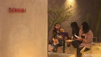 Bisa Ngopi dan Bayar Semaunya di Kafe Ini