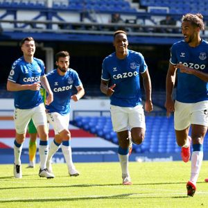 Video Everton Bekuk West Brom 5-2, James Rodriguez Cetak Gol
