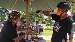 Ganjar Pranowo Semangati Pelaku UMKM di Sekitar Candi Borobudur