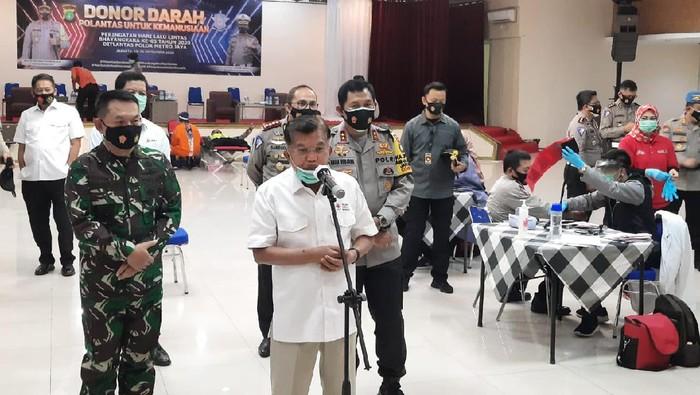 JK di acara donor darah di Polda Metro Jaya