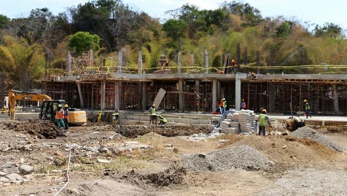 Pembangunan infrastruktur untuk mendukung pengembangan Kawasan Strategis Pariwisata Nasional Labuan Bajo, NTT menjadi destinasi wisata internasional rampung Desember 2020.
