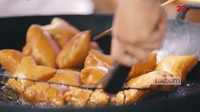 Pantangan Makan Pemakai Susuk hingga Omzet Fantastis Odading Mang Oleh