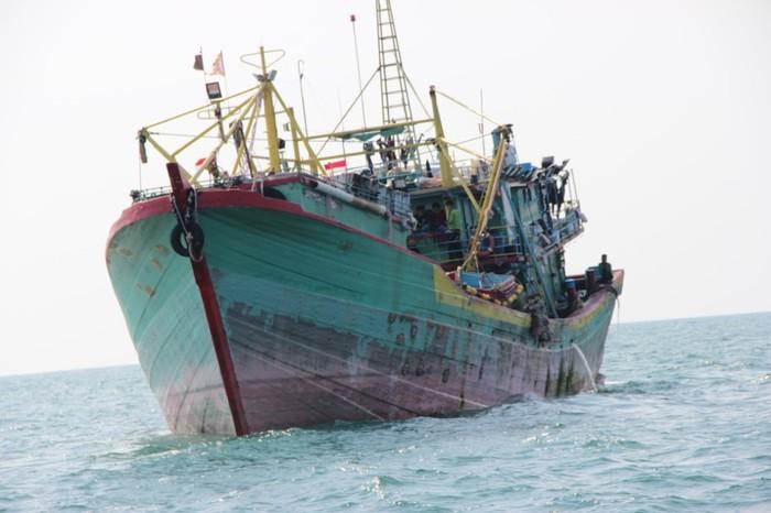 Penemuan mayat ABK disimpan di freezer kapal