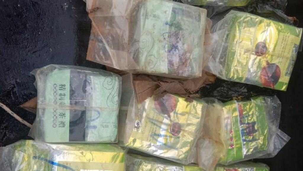 Bawa 2 Kg Sabu, Kurir Narkoba Diamankan di Pelabuhan Muntok Bangka