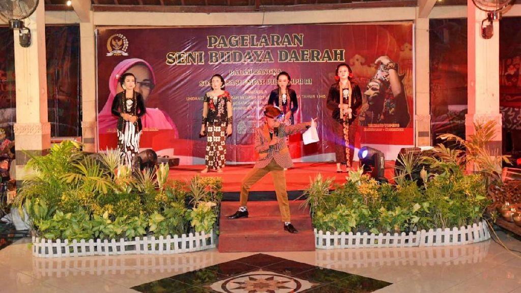 Di Jombang, MPR Sosialisasikan Empat Pilar Lewat Kidung Jenaka