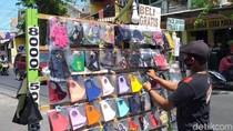 Tanggapan Pedagang di Surabaya soal Imbauan Tak Pakai Masker Scuba