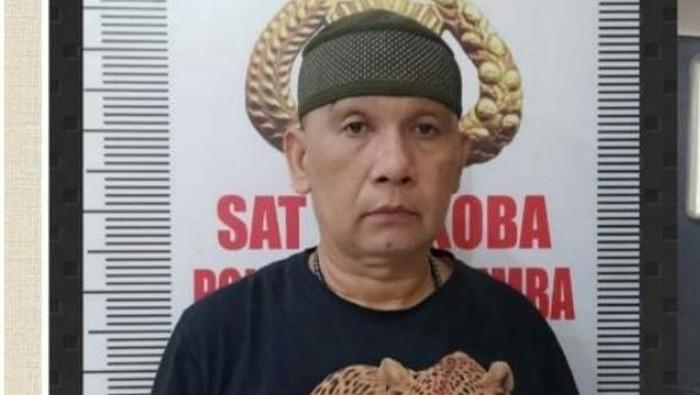 Seorang oknum polisi di Sulawesi Selatan, Andi Baso Amir (47) ditangkap karena  menyimpan narkoba jenis sabu (dok. Istimewa)
