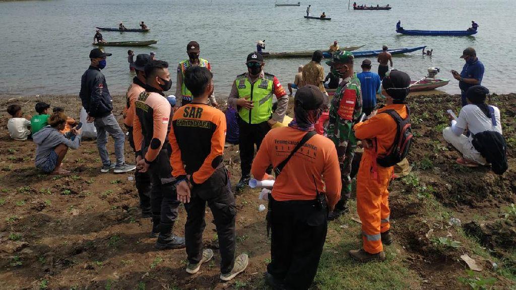 Perahu Terbalik, Dua Pria Tewas Tenggelam di Waduk Sutami Malang